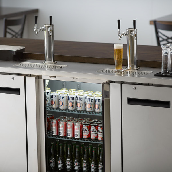 Avantco UDD-4-HC-S Stainless Steel Kegerator / Beer Dispenser with (2) 2 Tap Towers - (4) 1/2 Keg Capacity Main Image 8