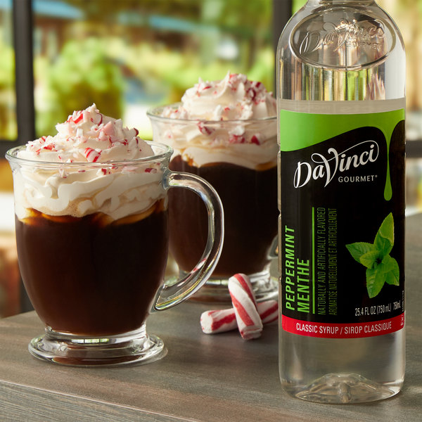DaVinci Gourmet 750 mL Classic Peppermint Flavoring Syrup Main Image 2