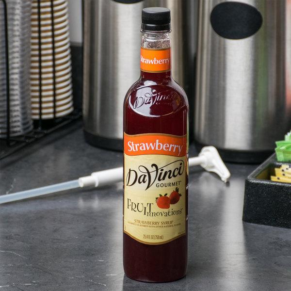 DaVinci Gourmet 750 mL Fruit Innovations Strawberry Cold Beverage Flavoring / Fruit Syrup