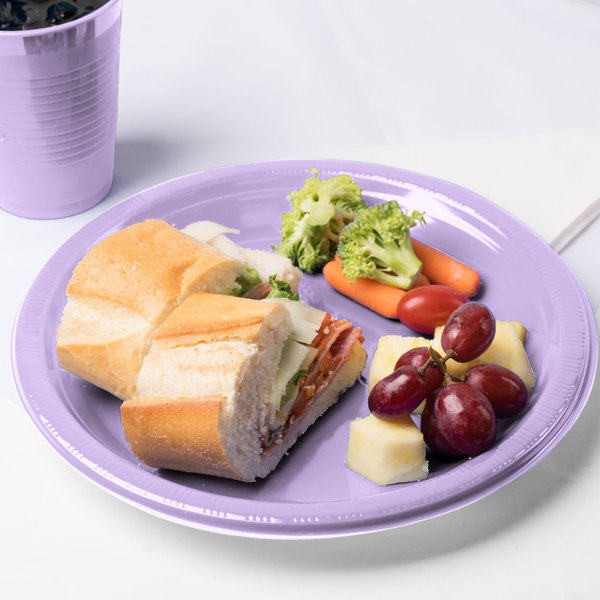 "Creative Converting 28193031 10"" Luscious Lavender Purple Plastic Plate - 20/Pack Main Image 3"