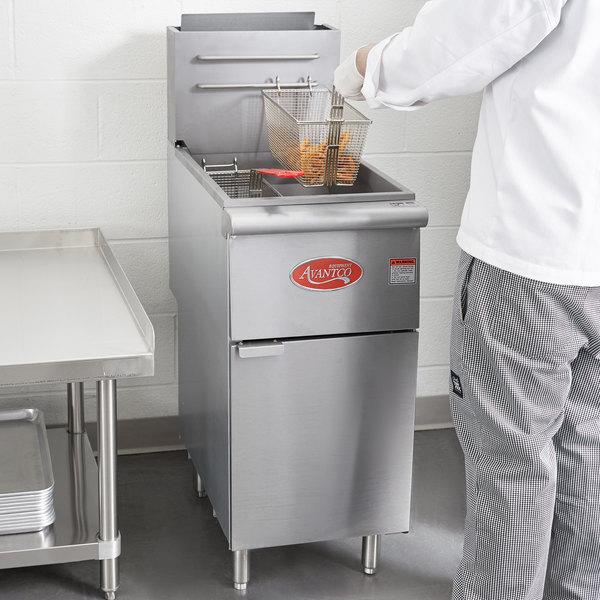 Avantco FF400 Natural Gas 50 lb. Stainless Steel Floor Fryer Main Image 6