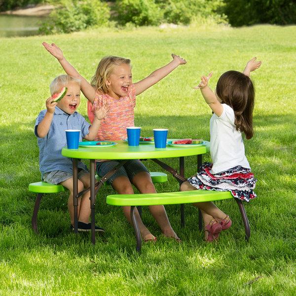 Childrens Oval Picnic Table 86 x 63 cm glacier blue Lifetime 60229 34 in x 25 in