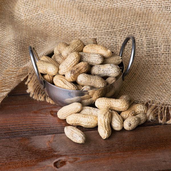 Hampton Farms 8 oz. Unsalted In-Shell Peanuts - 36/Case