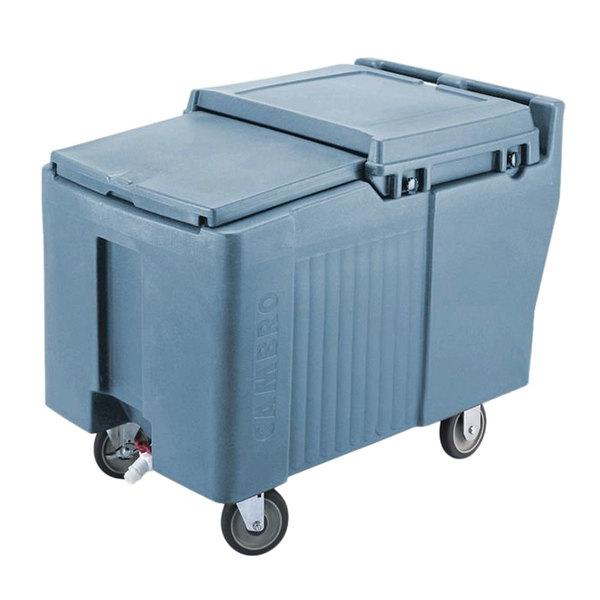Cambro ICS175L401 SlidingLid™ Slate Blue Portable Ice Bin - 175 lb. Capacity