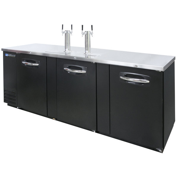 Master-Bilt MBDD95 Fusion (2) Double Tap Kegerator Beer Dispenser - Black, (5) 1/2 Keg Capacity
