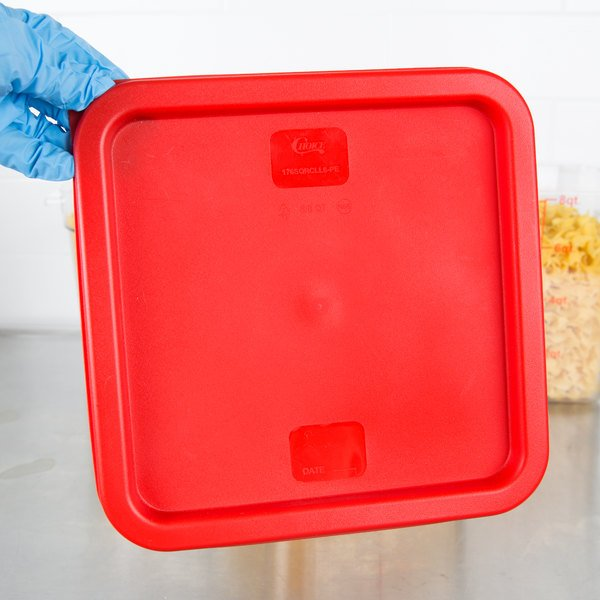 Choice 6 and 8 Qt. Red Square Polyethylene Food Storage Container Lid Main Image 3