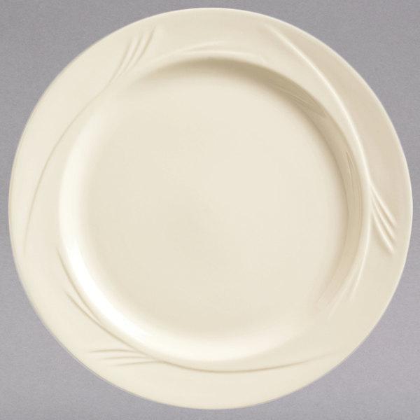 World Tableware END-6 Endurance 6 1/4\  Round Cream White Medium Rim China Plate - 36/Case & World Tableware END-6 Endurance 6 1/4\
