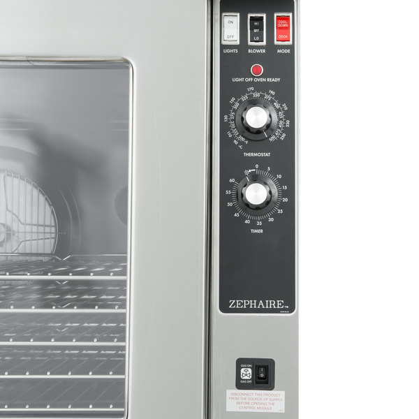 Blodgett ZEPHAIRE 100 G ES Natural Gas Single Deck Full Size Convection Oven With Draft Diverter 45 000 BTU