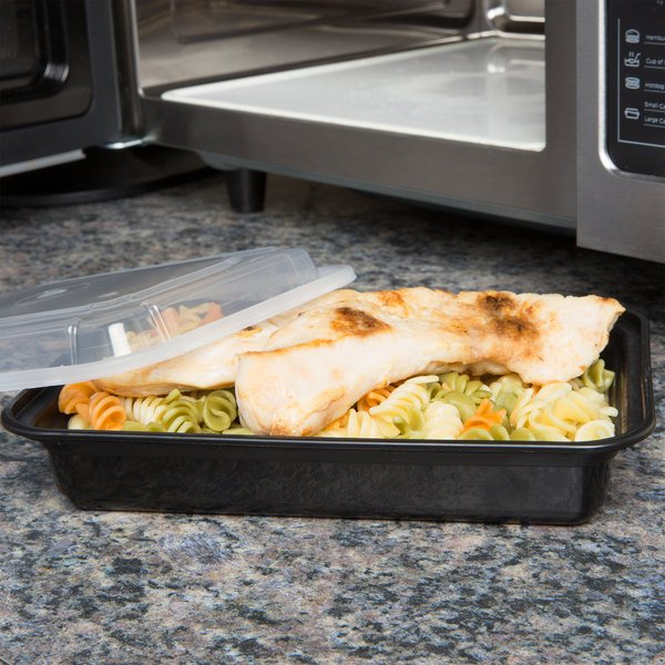 """Newspring NC-868-B 28 oz. Black 6"""" x 8 1/2"""" x 1 1/2"""" VERSAtainer Rectangular Microwavable Container with Lid - 150/Case"""