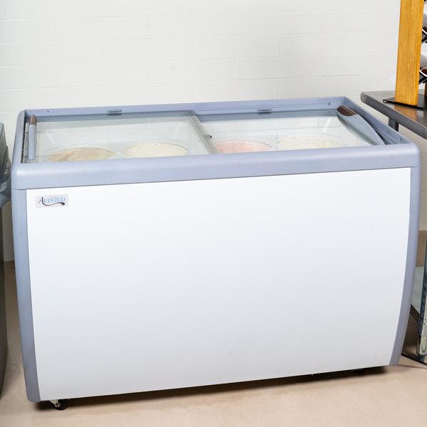 "Avantco ADC-8 Ice Cream Dipping Cabinet - 49"""