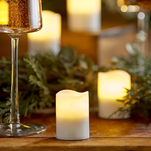 """Sterno 60326 2.0 4 Piece 2"""" Warm White Rechargeable Flameless Votive Set Main Image 2"""