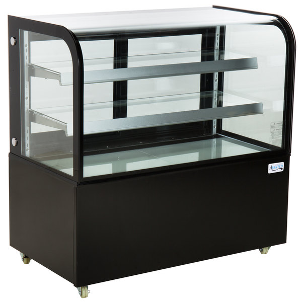 """Avantco BC-48-HC 48"""" Curved Glass Black Refrigerated Bakery Display Case Main Image 1"""