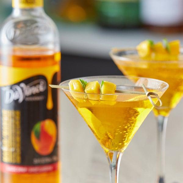 DaVinci Gourmet 750 mL Classic Mango Flavoring / Fruit Syrup Main Image 2