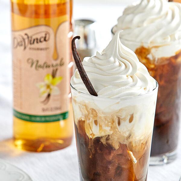 DaVinci Gourmet 750 mL All-Natural Vanilla Flavoring Syrup Main Image 2