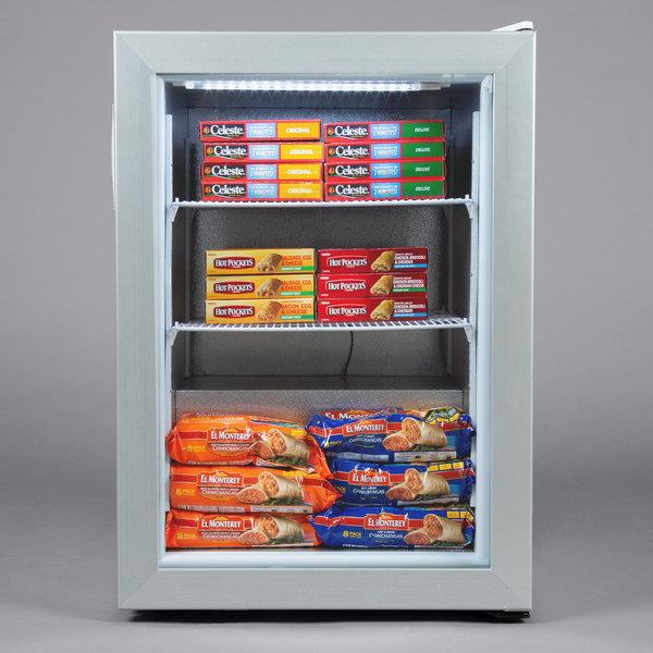 Avantco CFM3 White Countertop Display Freezer with Swing Door Main Image 4