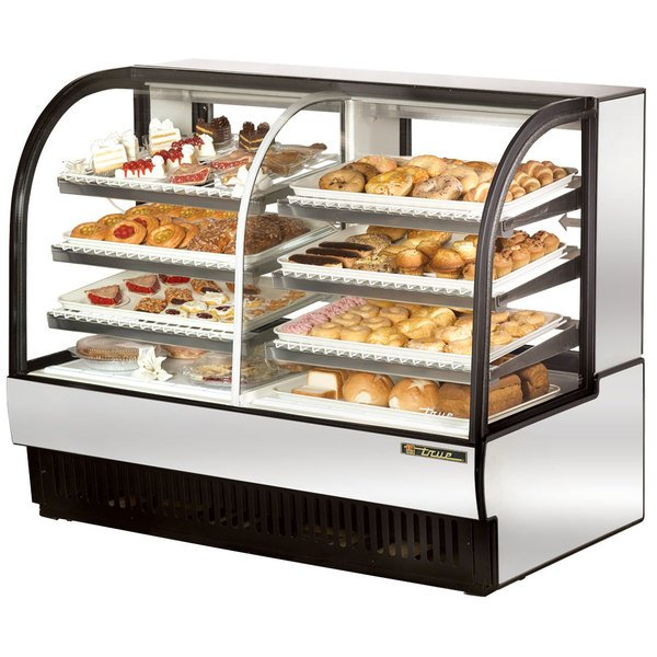 True TCGDZ-59 59 inch Stainless Steel Curved Glass Dual Zone Dry / Refrigerated Bakery Case - 30.35 Cu. Ft.