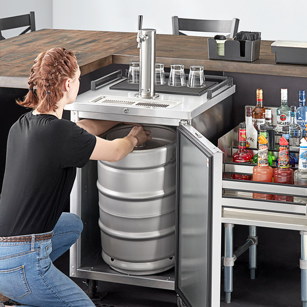 Beverage-Air BM23HC-S-31 Single Tap Kegerator Beer Dispenser - Stainless Steel, (1) 1/2 Keg Capacity Main Image 6