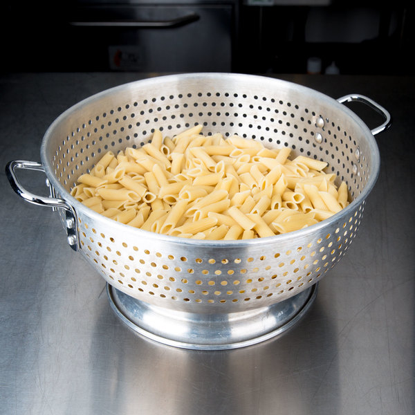12 Qt. Aluminum Colander with Base and Handles Main Image 3