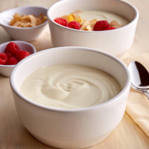 Pequea Valley Farm 32 oz. Vanilla Yogurt - 6/Case Main Image 2