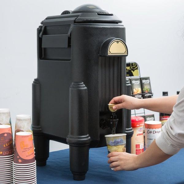 Cambro CSR5110 Camserver® 5 Gallon Black Insulated Beverage Dispenser Main Image 4