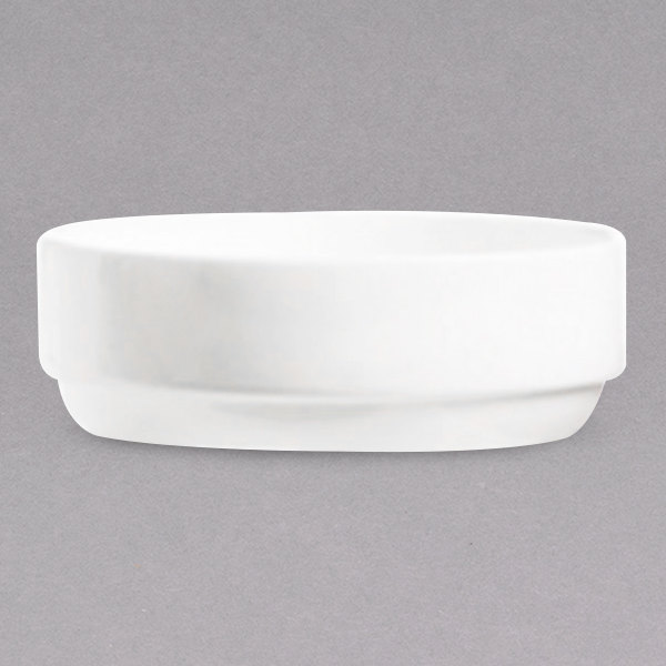 Chef & Sommelier FN034 Infinity 20 oz. White Bone China Salad Bowl by Arc Cardinal - 24/Case Main Image 1