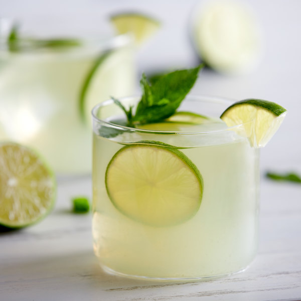 32 oz. 100% Lime Juice - 12/Case Main Image 2