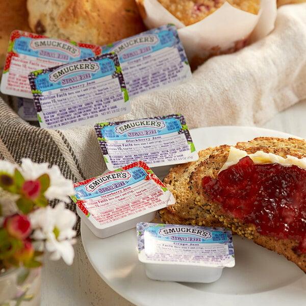 Smucker's Sugar Free Grape, Strawberry & Blackberry Jam .375 oz. Portion Cups - 200/Case Main Image 2