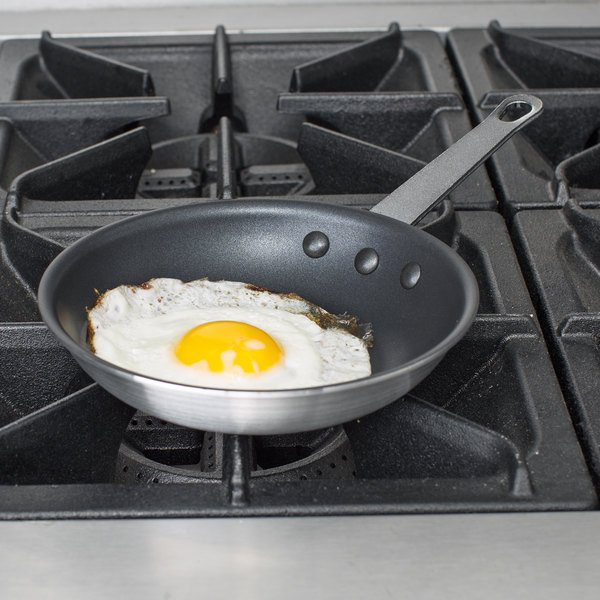 "Choice 7"" Aluminum Non-Stick Fry Pan Main Image 2"