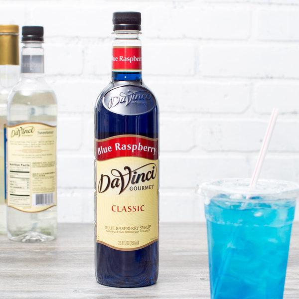 DaVinci Gourmet 750 mL Classic Blue Raspberry Flavoring Syrup