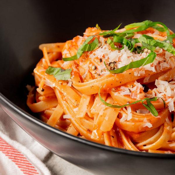 Alessio's 32 oz. Authentic Homemade Spaghetti Sauce - 12/Case Main Image 2