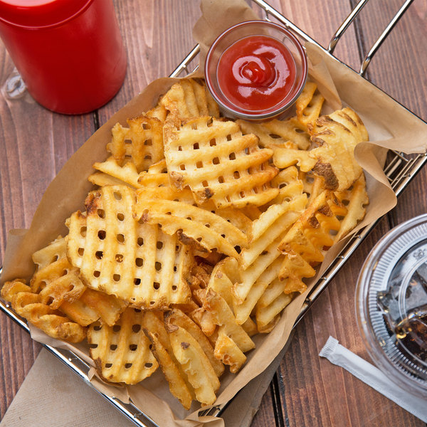 Lamb Weston Holdings CrissCut Skin-On Waffle Fries 4.5 lb. Bag - 6/Case Main Image 3