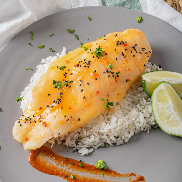 Icy Bay 6 oz. Portions Wild Caught Boneless Skinless Flounder Fillets - 10 lb. Main Image 2