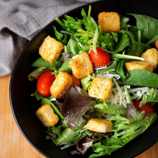 Fresh Gourmet 2.5 lb. Premium Homestyle Seasoned Croutons - 4/Case Main Image 4