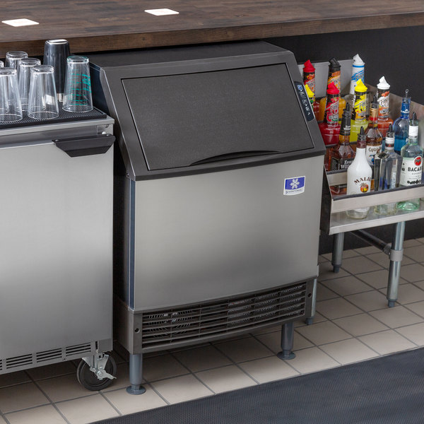 """Manitowoc UDF0190A NEO 26"""" Air Cooled Undercounter Dice Cube Ice Machine with 90 lb. Bin - 115V, 198 lb. Main Image 4"""