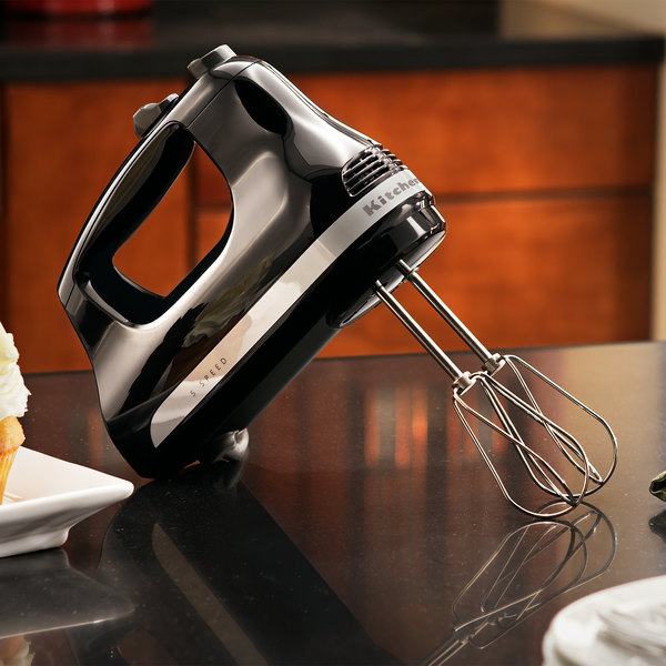 KitchenAid KHM512OB Ultra Power Onyx Black 5 Speed Hand Mixer with  Stainless Steel Turbo Beaters - 120V