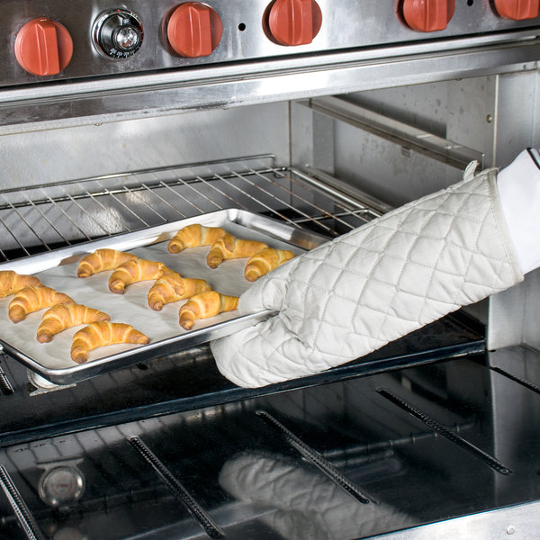 "Choice 17"" Silicone Cloth Oven / Freezer Mitts - 2/Pack"