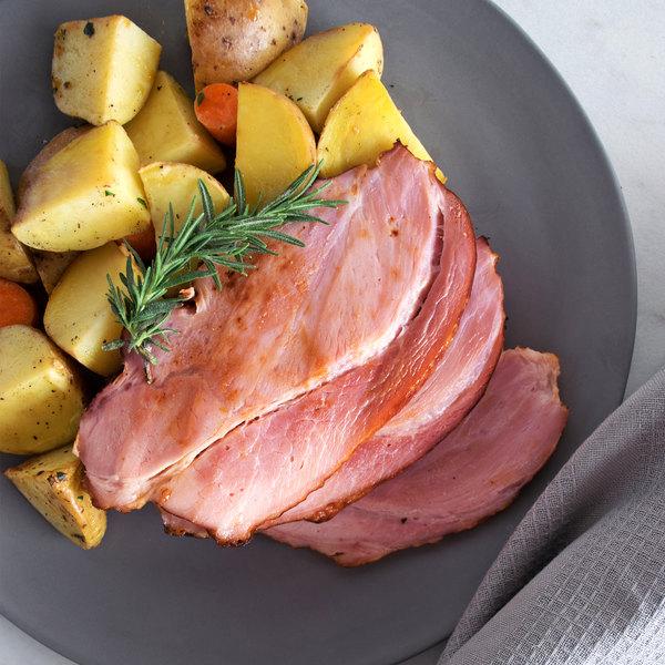 Farmland CarveMaster 7.7 lb. Smoke'N Fast Boneless Applewood Smoked Ham