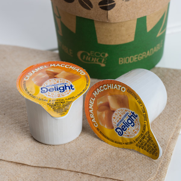 International Delight 0.5 fl. oz. Caramel Macchiato Coffee Creamer - 288/Case Main Image 3