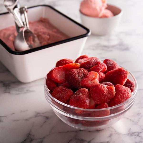 5 lb. Frozen Sliced Strawberries - 2/Case Main Image 3