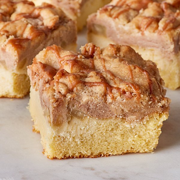 David's Cookies 9 lb. Unsliced Caramel Apple Crumb Cake - 2/Case Main Image 2