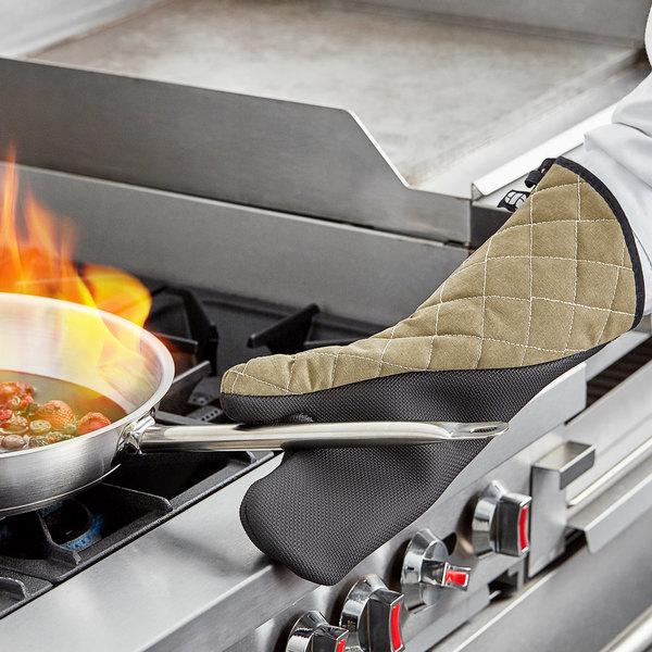 "San Jamar 810CM17 17"" Best Grip Oven Mitt Main Image 4"