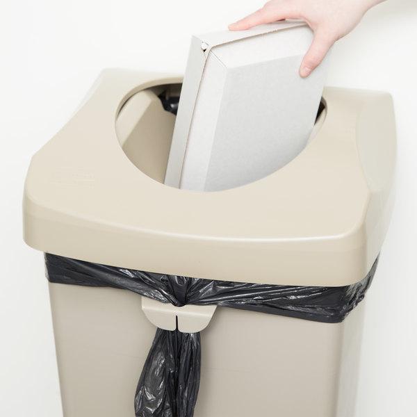 Rubbermaid FG268988BEIG Beige Square Untouchable Trash Can Lid