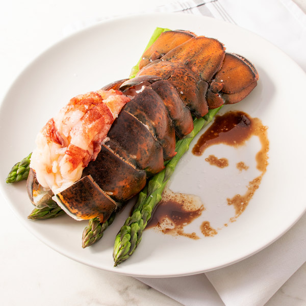 Linton's Seafood 14-16 oz. Maine Lobster Tails - 8/Case Main Image 2