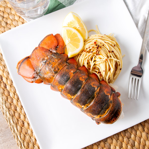 Linton's Seafood 8-10 oz. Maine Lobster Tails - 2/Case
