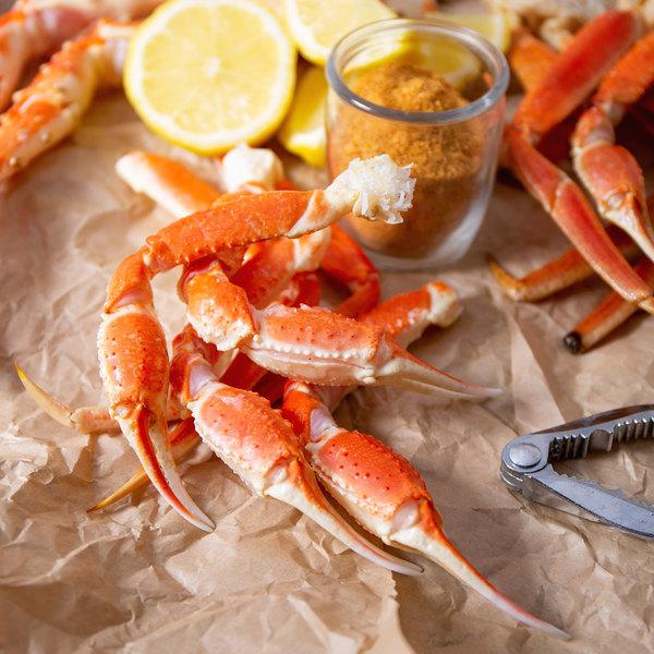 Linton's Seafood 5 lb. Frozen Snow Crab Leg Pieces Main Image 4