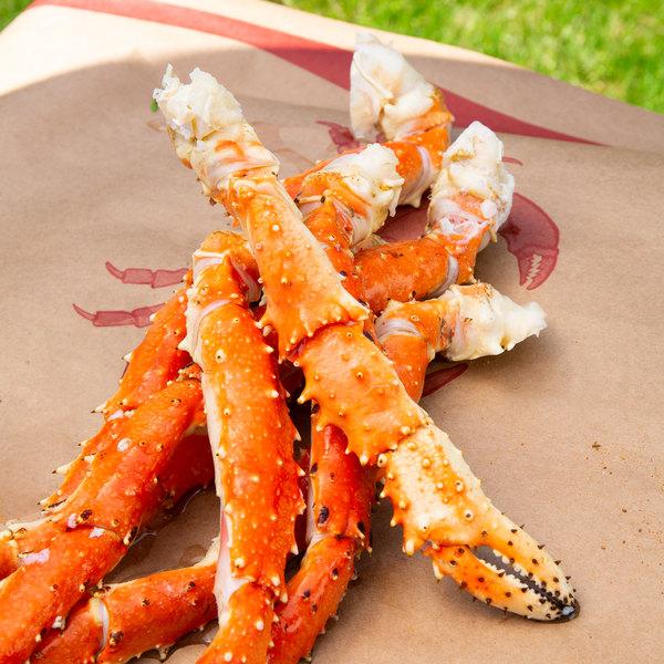 Linton's Seafood 10 lb. Frozen Alaskan King Crab Legs Main Image 2
