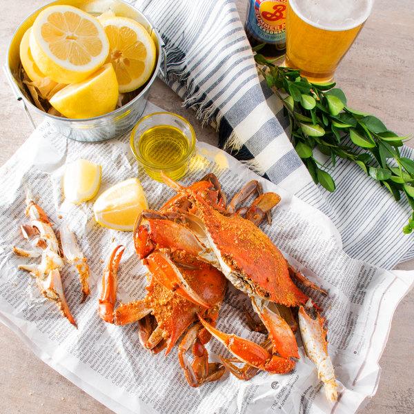 """Linton's Seafood 6 1/2"""" Medium Seasoned Steamed Jumbo Maryland Blue Crabs - 30/Case Main Image 7"""
