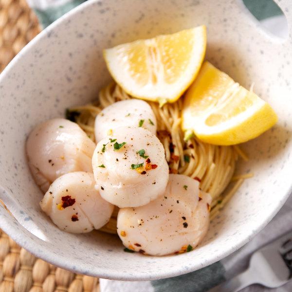 Linton's Seafood 3 lb. Fresh Sea Scallops Main Image 2