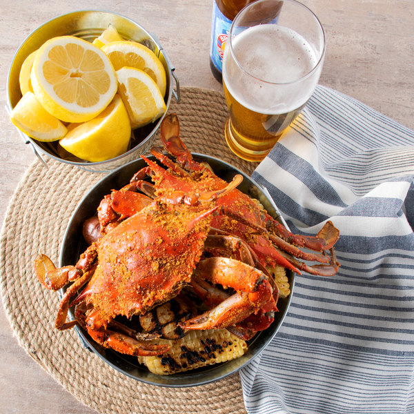 "Linton's Seafood 5 3/4"" Medium Seasoned Steamed Large Maryland Blue Crabs - 72/Case Main Image 5"