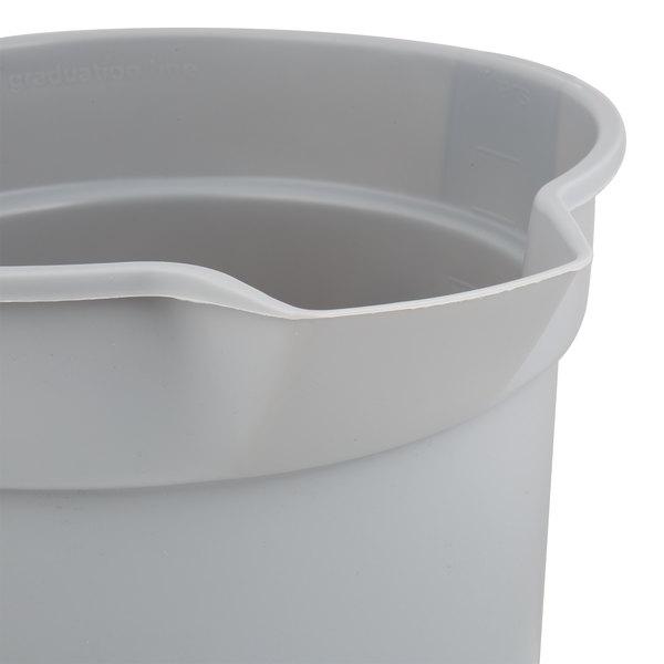 Rubbermaid Commercial FG296300GRAY Brute HDPE Heavy-Duty Bucket 10-quart Gray
